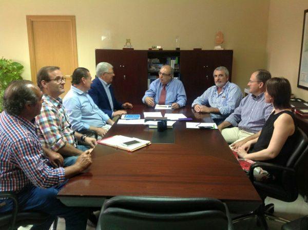 Reunión con el nuevo presidente de la Confederación Hidrográfica del Guadalquivir, Antonio Ramón Guinea celebrada el viernes 26 de mayo de 2017