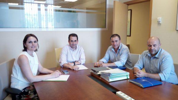 Reunión del nuevo Comisario de Aguas de la CHG, Alejandro Rodríguez con AREDA