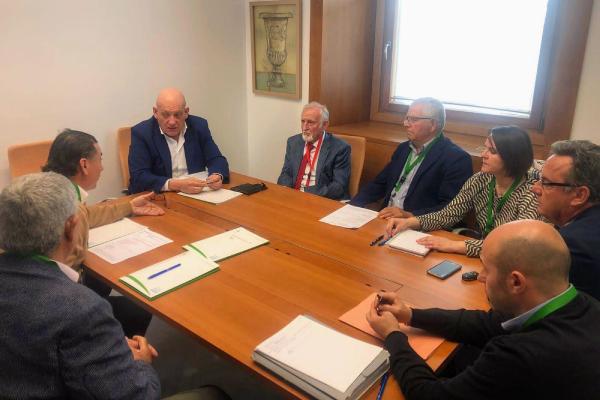 AREDA se reúne con Parlamentarios y Parlamentarias Andaluces.