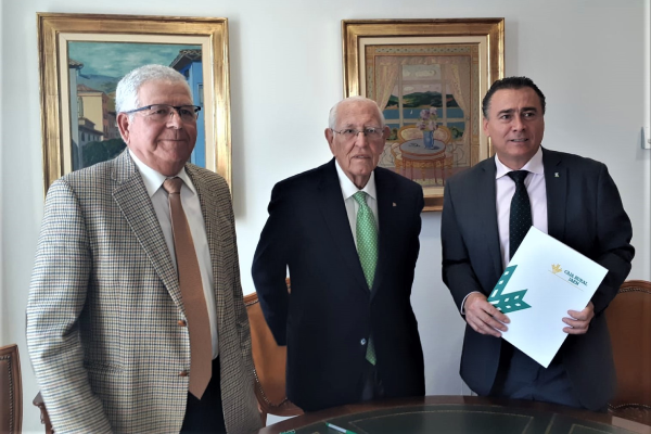 El Presidente de Caja Rural de Jaén y el Presidente de AproJaén firman un convenio de de colaboración en favor de agricultores y regantes.