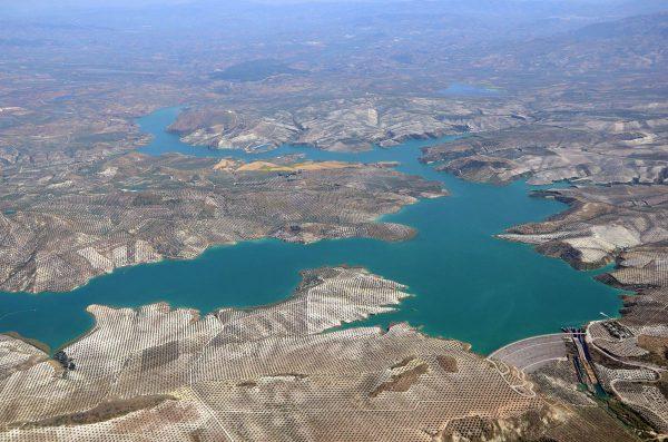Los embalse de la cuenca del Guadalquivir superan la barrera de los 4.000 hm3 de agua embalsada.